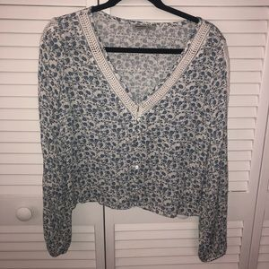NWOT Stradivarius Blue and White Blouse